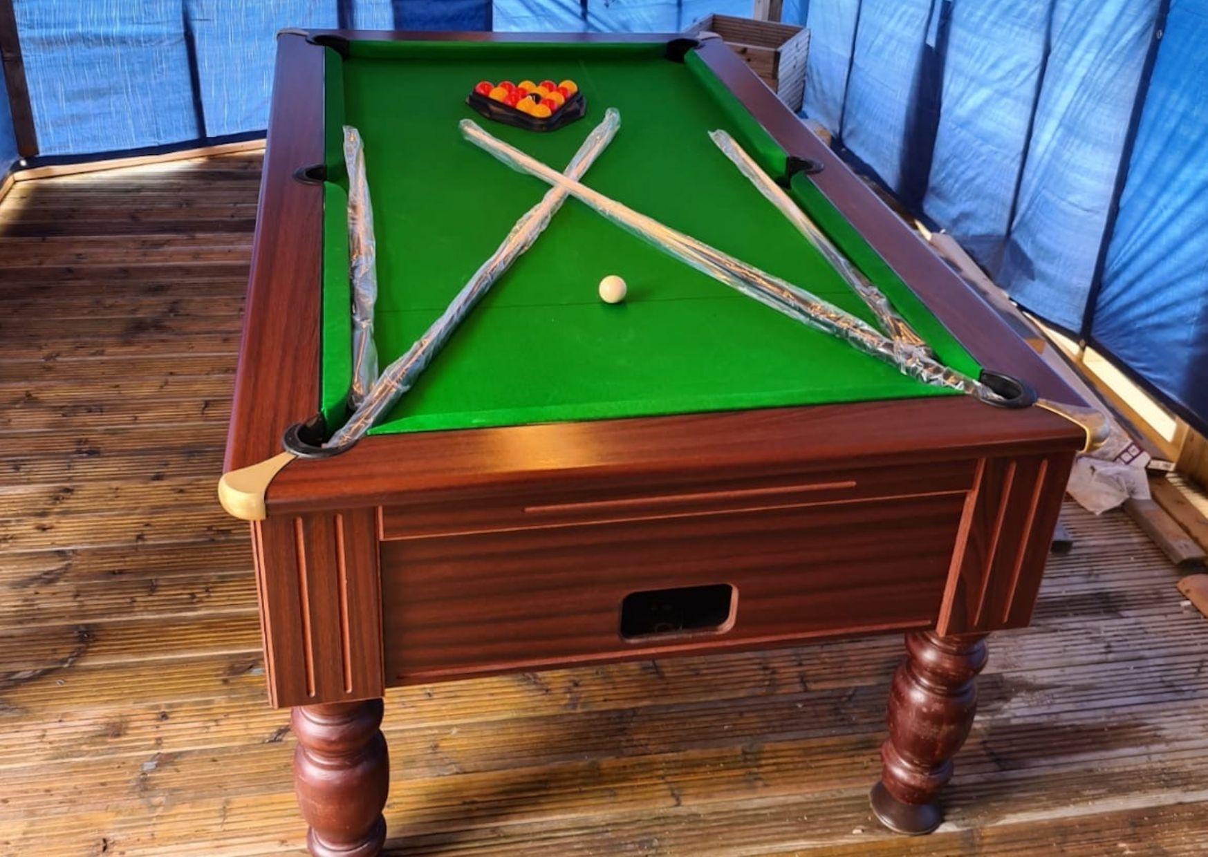 Ex-Pub pool table Sherlock
